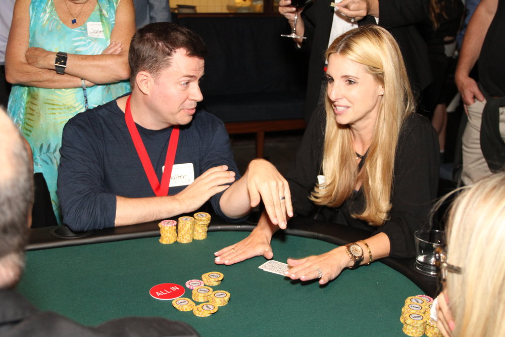 Laurie H and Walter S at the winning table.JPG