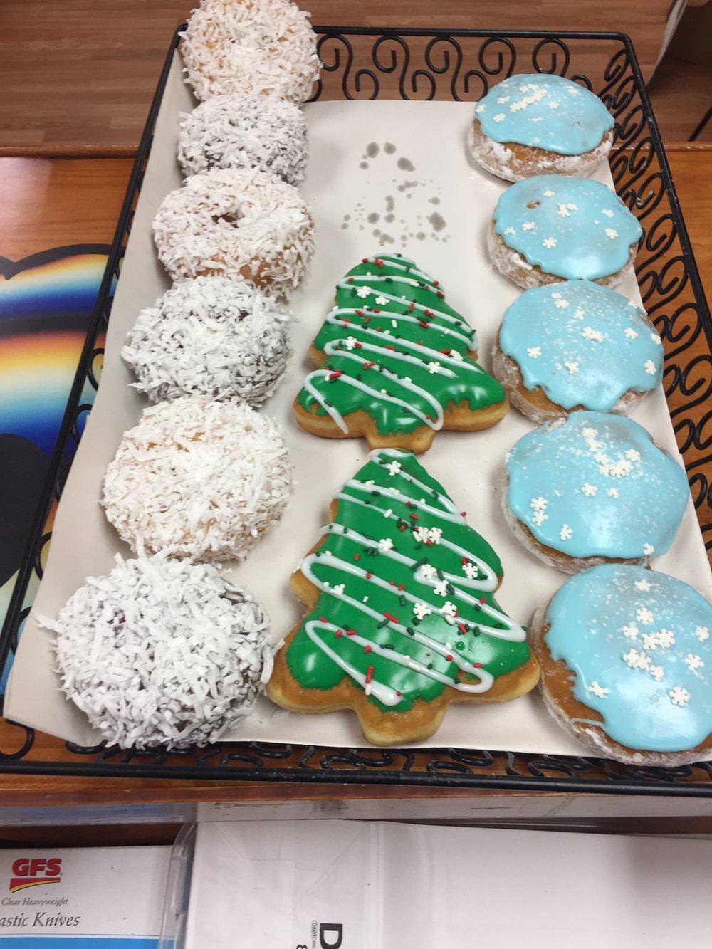 Christmas Donuts 2.JPG