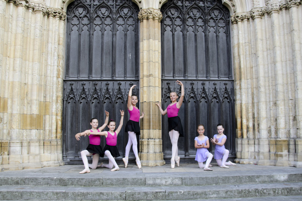 En Pointe ballet dancers outside the iconic York Minster