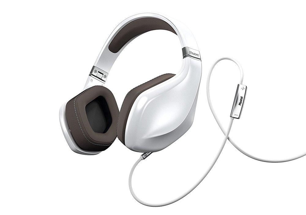 Magnat LZR 980 headphones