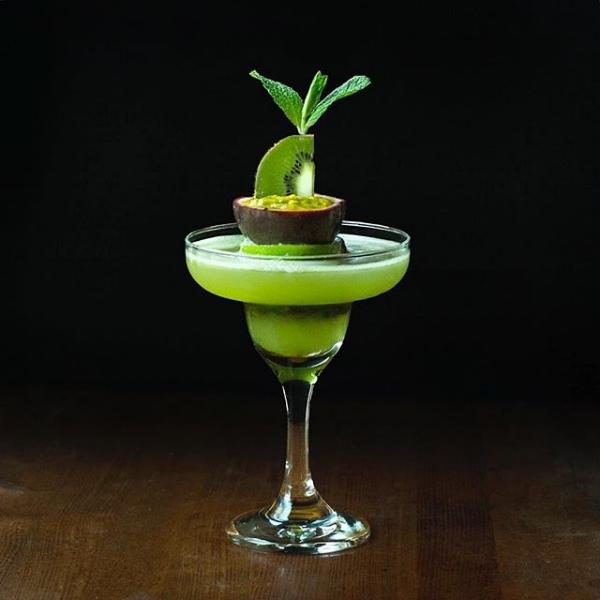 Kiwi passionfruit margarita