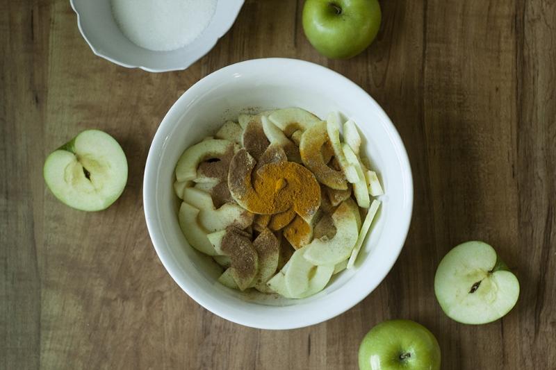 Golden Spiced Apple Tart