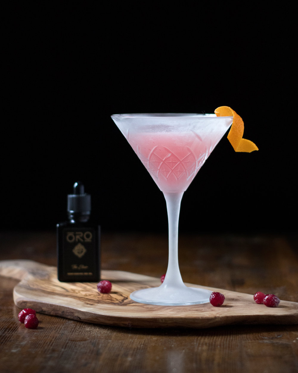 Cosmopolita Cocktail with Oroganics The Elixir CBD Oil for Cocktails