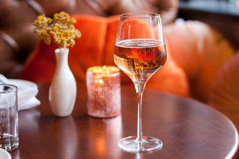 Sparkling Wine Glass6.jpg