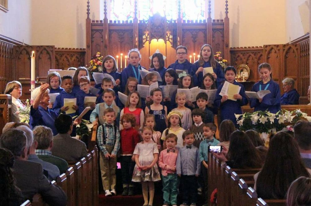 St. Luke's Choristers  - Ages 4 – 8th gradeA highly energetic and fun children's choir program whichoffers the Voice for Life curriculum.  Choristers sing monthly and at special services throughout the year .Rehearsals: Wed. 6-6:45 p.m.For more information click here.