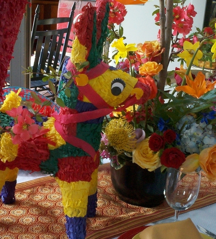 Spanish - Make your own piñatas, weavings and maracas this summer!Music, Spanish vocabulary and cultural connections will also be incorporated as the kids craft the week away; on the last day, campers will have a fiesta to celebrate the week, using their crafts as decorations and noise-makers ¡Vamos!WEEK: June 4-8TIME: 1:00-4:00pmCOST: $140/weekGRADES: K-4th