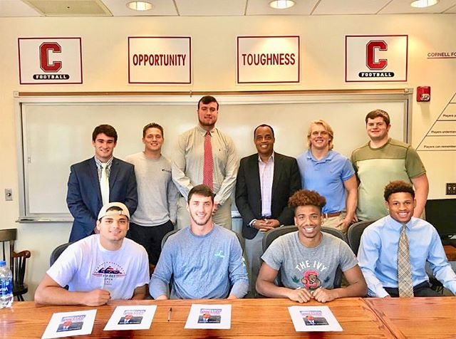 #Repost: Great talking with the @cornellfootball team in Schoellkopf Hall about what it takes to be successful in the sports industry! #cornellfootball #nfl #gobigred #behindthelineofscrimmage