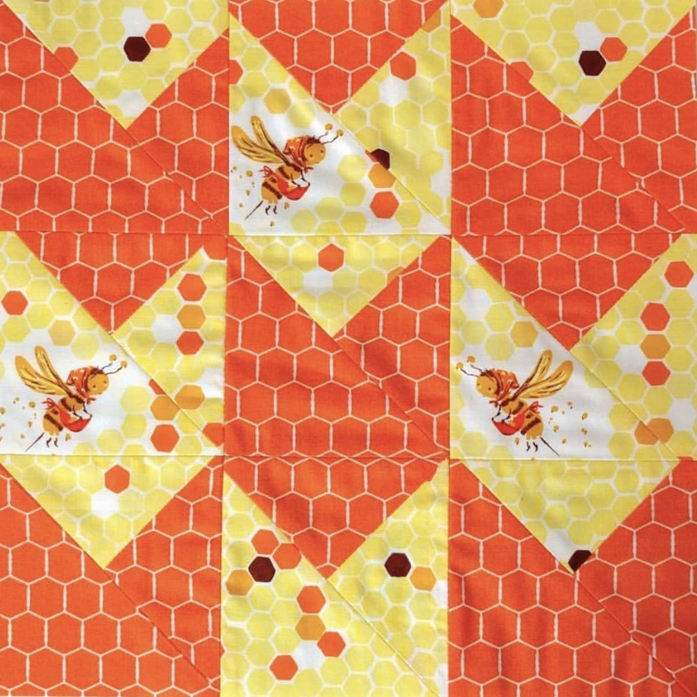 I love how  @valoriewheeler  used a focal with a hexagon, then found the perfect hexagon coordinate to combine. The finished block looks so interesting!
