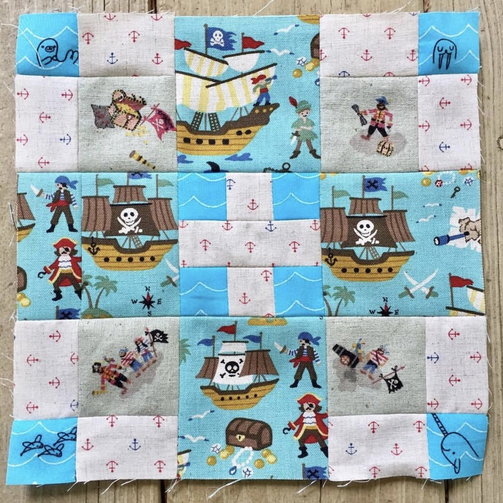 I love committing to a theme within a block, and  @julstreasures  certainly captured a whimsical pirate feel, right down to the adorable anchors!!