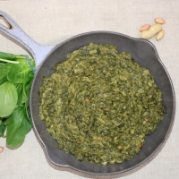 SPINACH CONTAINS PEANUTS
