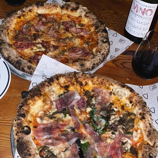 PERFECT FRIDAY NIGHT 🍕 - MEAT LOVERS & MUSHROOM {WITH PROSCIUTTO} -  EDITORS NOTE; THAT WINE IS THE WEIRDEST WINE I'VE EVER TASTED, NOT SURE IF I HATED IT OR LOVED IT 😂 - C O S A + B U O N A EASTSIDE, ECHO PARK📍 DINNER - 12/21/18 COMPANY - @FALSETTOFILMS