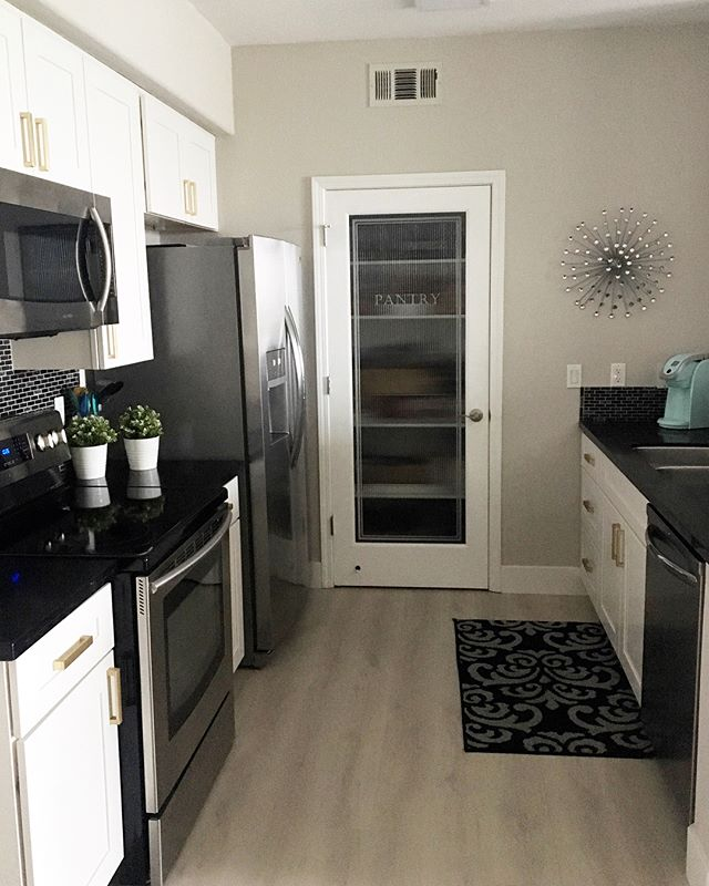 After and before kitchen pix! Love the Agreeable Gray paint I chose..it's a good neutral gray. Happy with the vinyl plank floors too- they are virtually indestructible! #designlife #organized #kitchendesign #remodel #kitchen #calistyle #condoliving #newhome #loveit #condominium #placercounty #boss #organizer #quartz #stylized #designer #modern #moving #homedecor