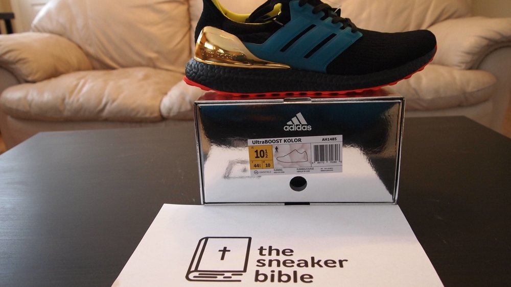 TheSneakerBible Success - Kolor