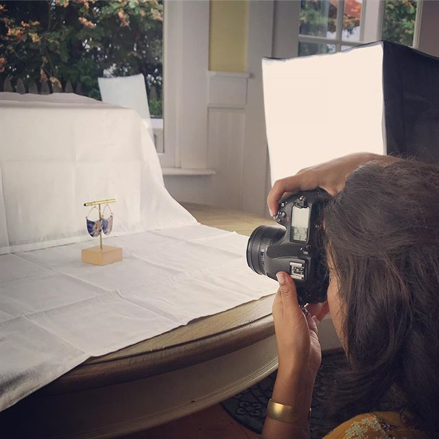 So much fun today at the @lynxbyrc photoshoot! New website and branding coming soon! With @rayaonassignment @andercatmarketing @laurafoxcreative #hatchyourprojects #branding #photoshoot #jewelrydesigner