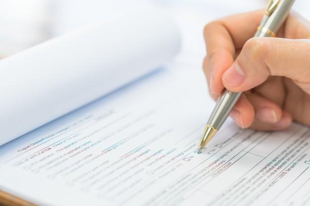 form-business-exam-comparison-option_1232-3835.jpg