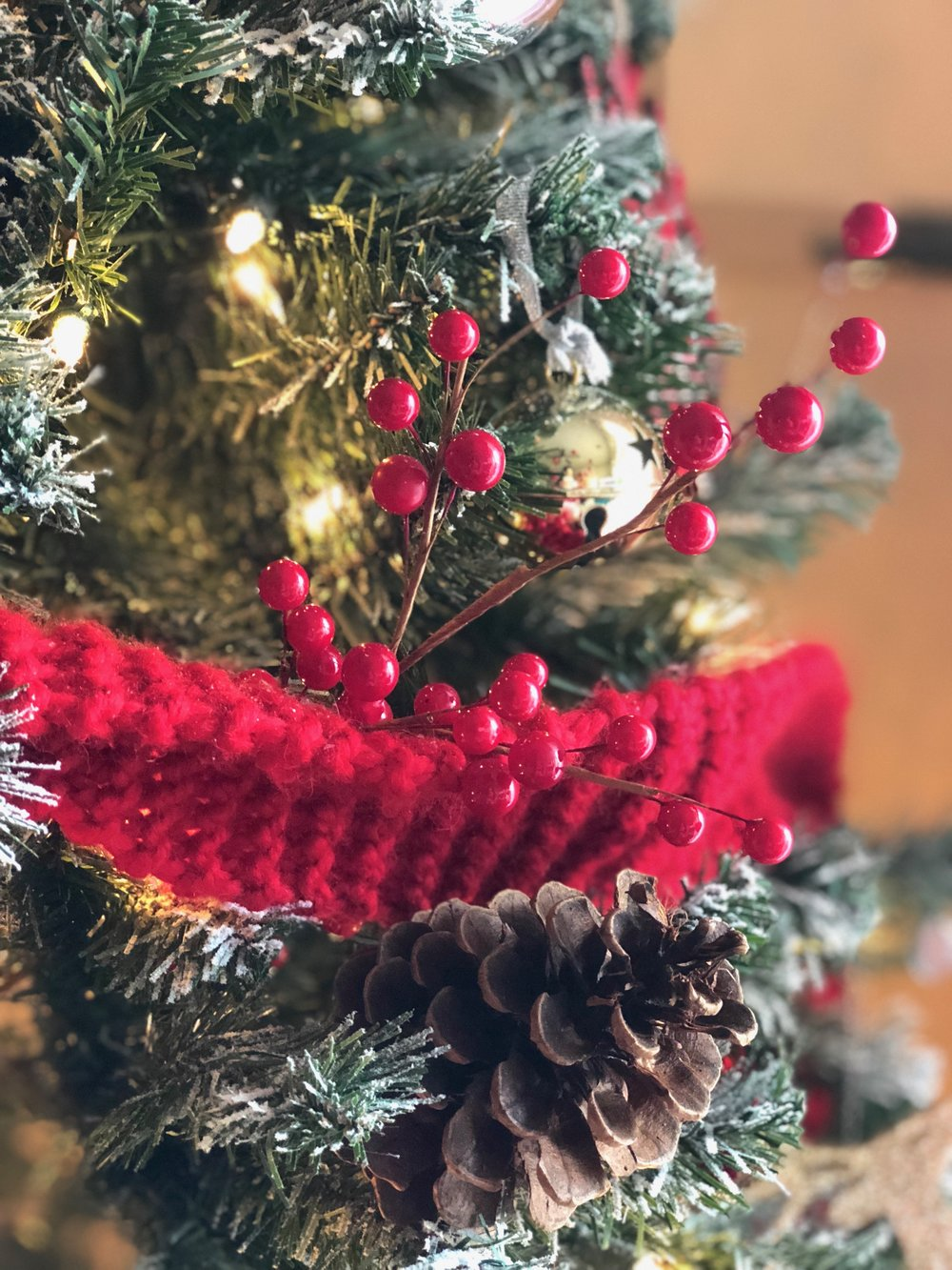 Christmas Tree Decorator Asha-Maia Design
