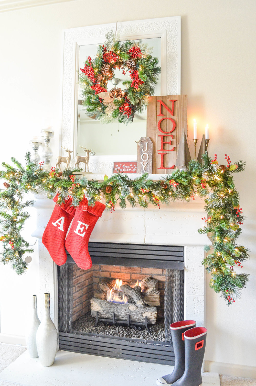 Book Holiday Fireplace Mantel or Bannister Decorating - Asha-Maia Design | Interiors + Events, Interior Design, Interior Designer, Interior Decorator, Christmas Decorator, Christmas Decoration, Christmas Tree Decorating, Holiday Decorator, Alexandria, VA 22302, Serving Alexandria, VA, Arlington, VA, Washington, DC and surrounding areas.