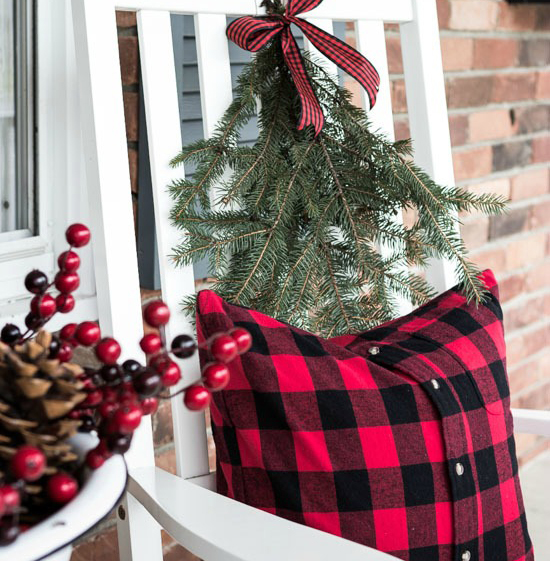 Christmas Porch or Entry Decorating, Christmas Porch Decor, Christmas Decorating Service, Holiday Decorating Service, Christmas Living Room Decor. Asha-Maia Design | Interiors + Events - Alexandria, VA 22302. Serving the Alexandria, VA, Washington, DC and surrounding areas. Christmas Decorating, Christmas Decorator, Holiday Decorator, Holiday Decorating, Interior Design, Interior Designer, Interior Decorator - Owner & Lead Designer Asha Maxey