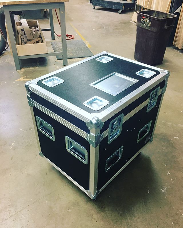 New run of third pack trunks with tray and removable daggerboard for a local client! • • • #MadeBySlam #Slamhammer #gear #case #roadcase #flightcase #live #event #production #music #industry #backstage #mpls #mn #electronics #workshop #woodshop #wood #woodwork #woodworking #photography #videography #picoftheday #photooftheday #madebyhands #trunks #trunk #truck #pack