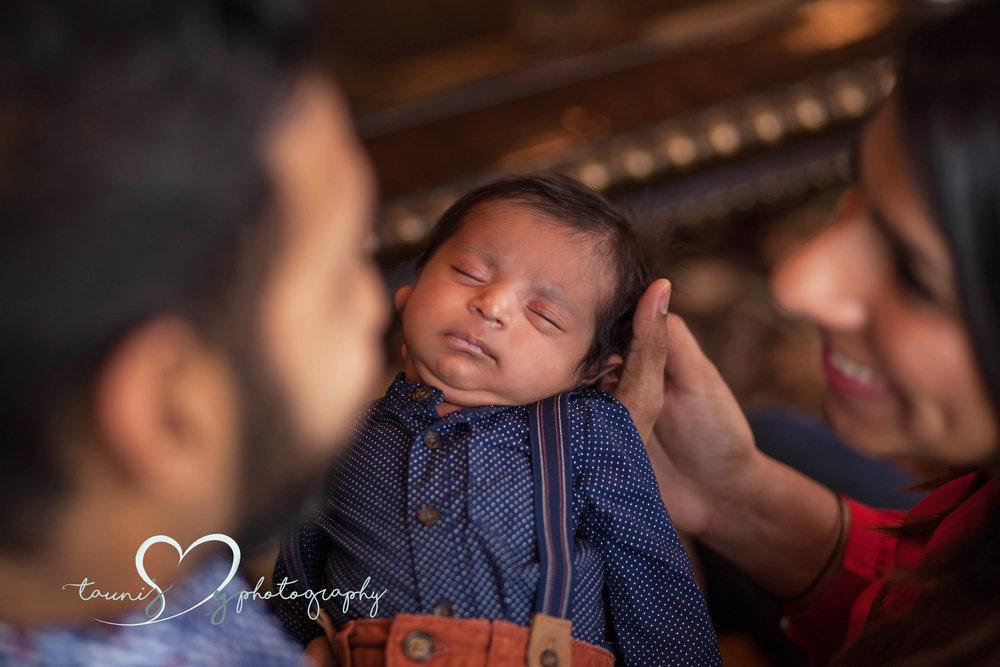 newborn Austin photographer