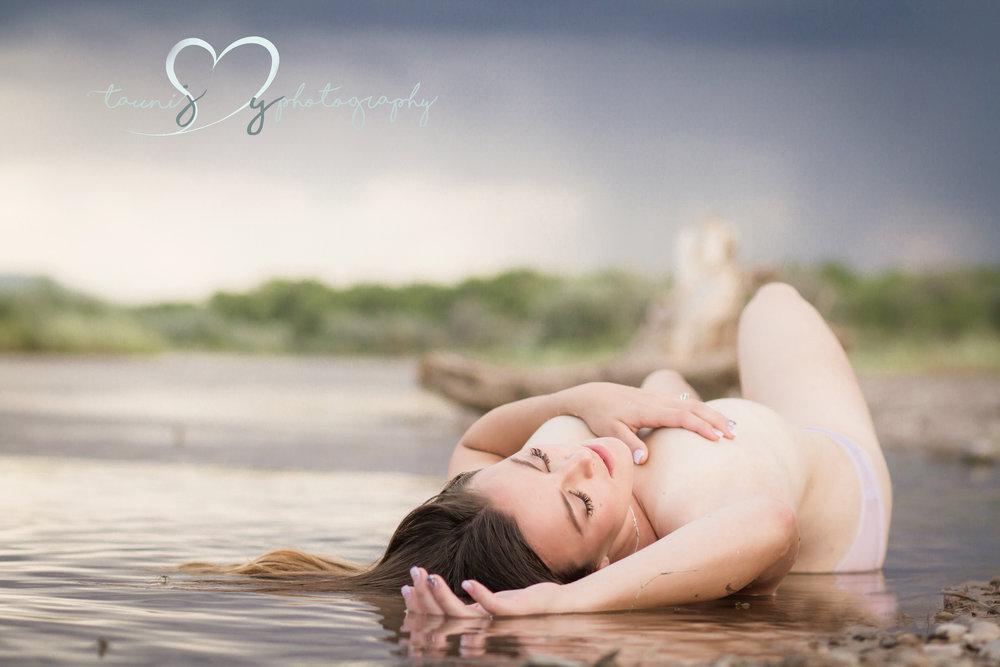 Texas outdoor boudoir photographer Tauni Joy Photography