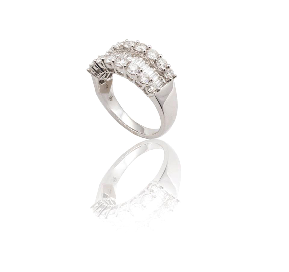 white gold SIVS diamond ring.jpg