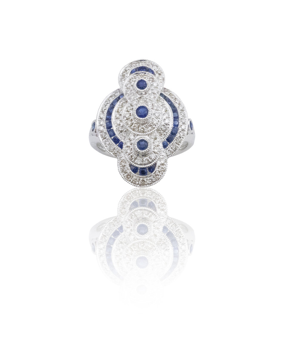 A work of art Sapphire ring!