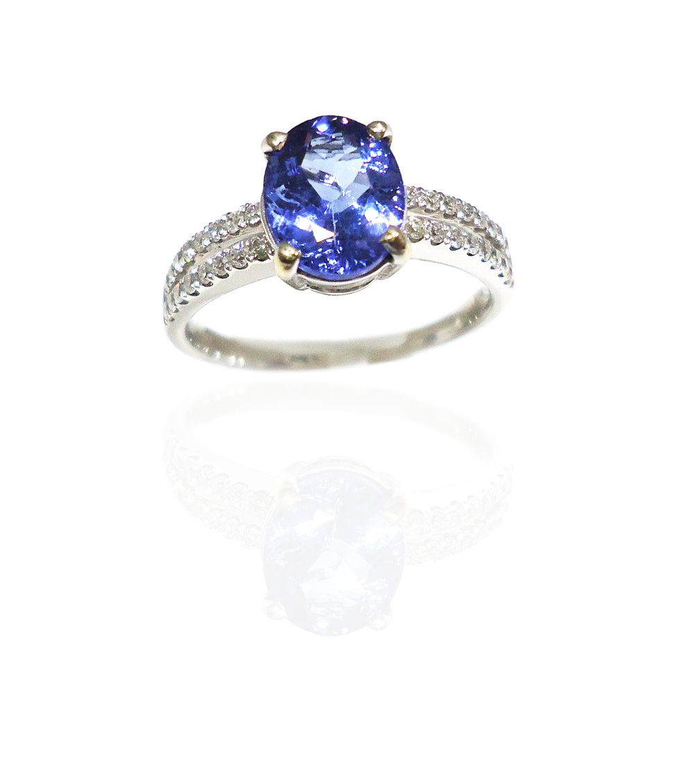 Tanzanite diamond ring!