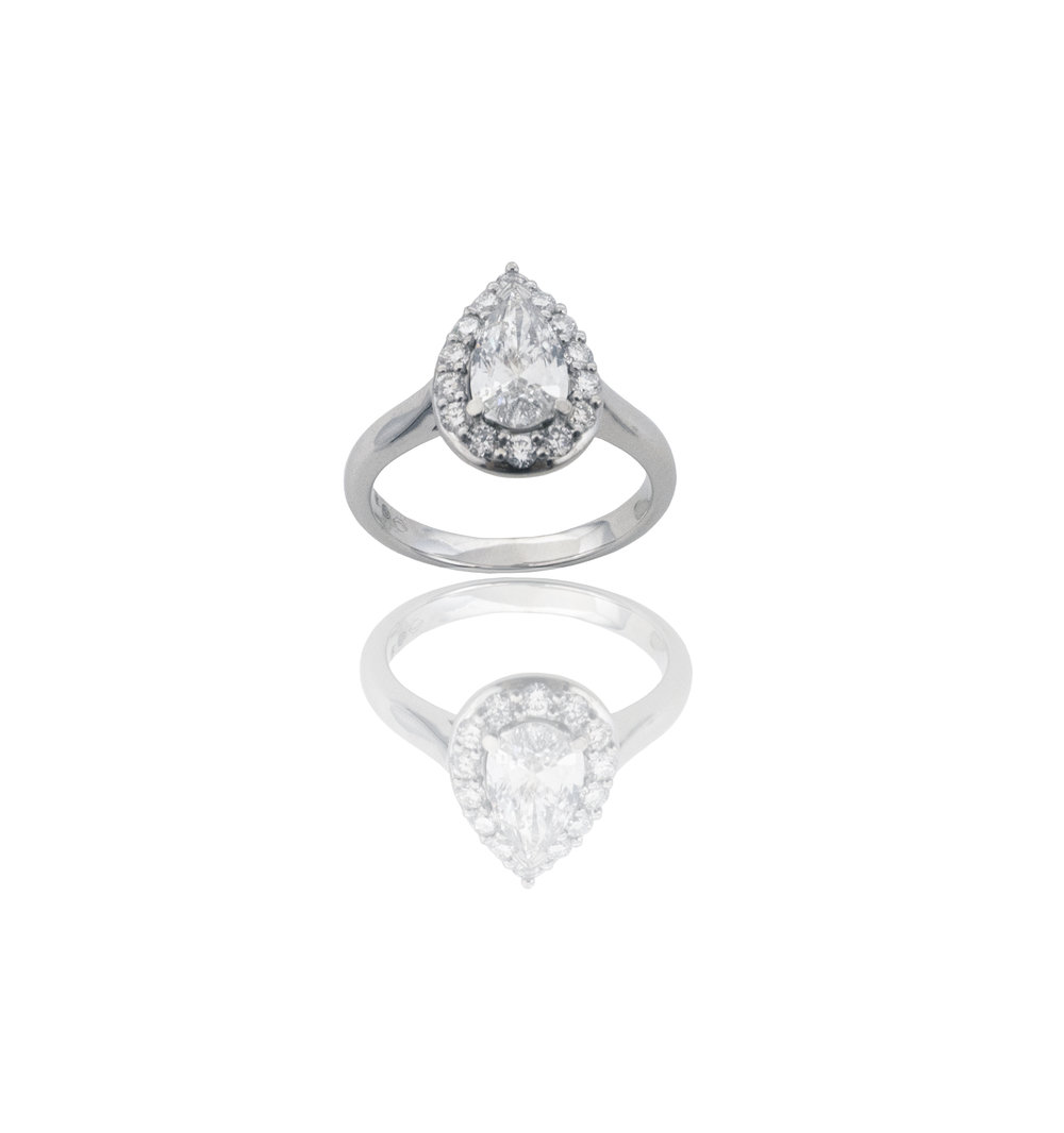 Diamond pear cut ring!