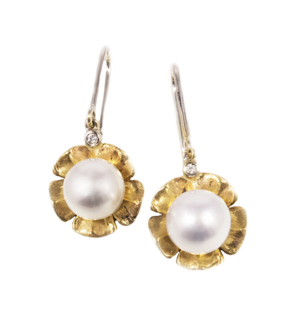 Diamond pearl drop earrings!