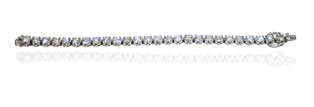 26 diamond tennis bracelet shadow.jpg