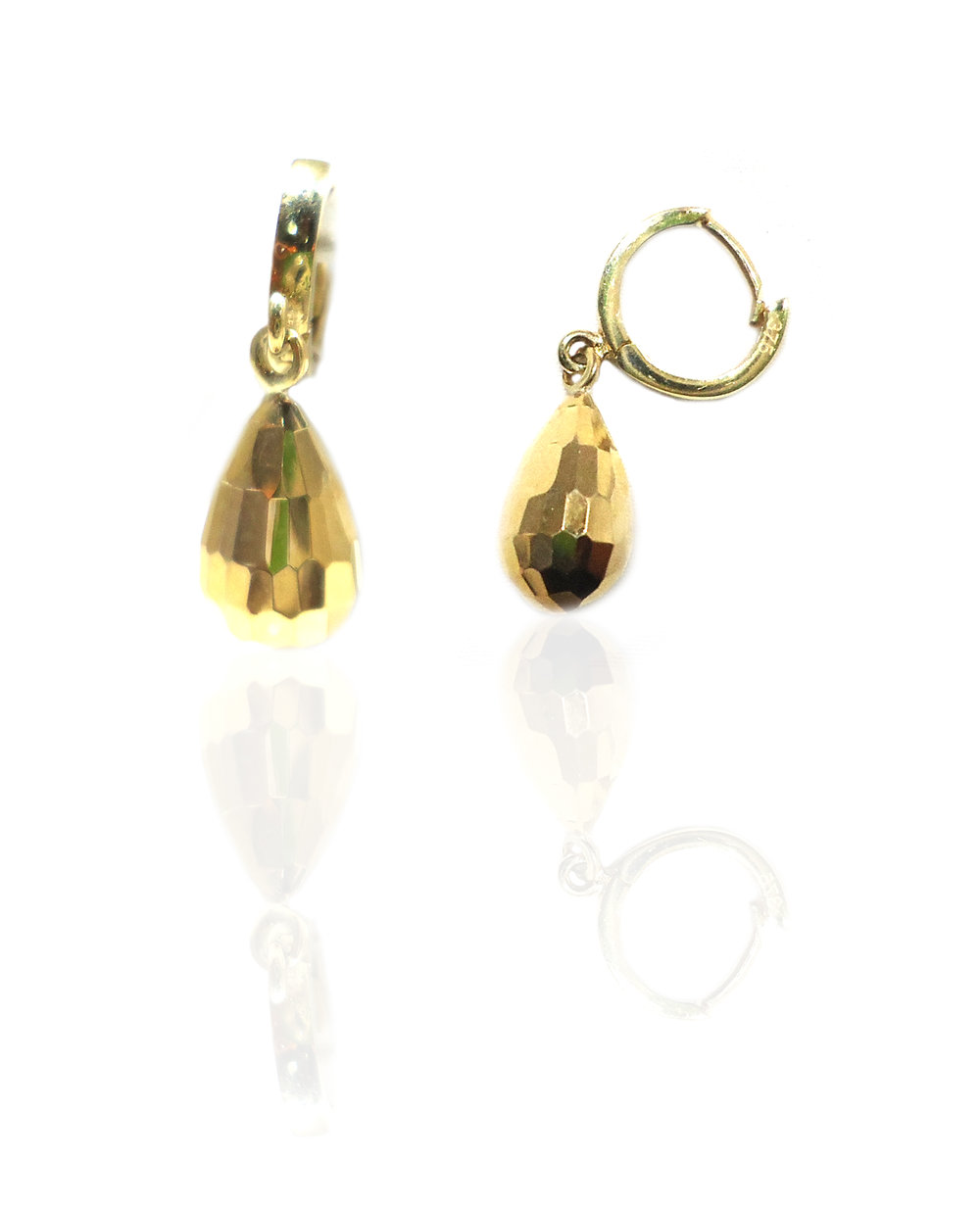 Gold ball drop earring!