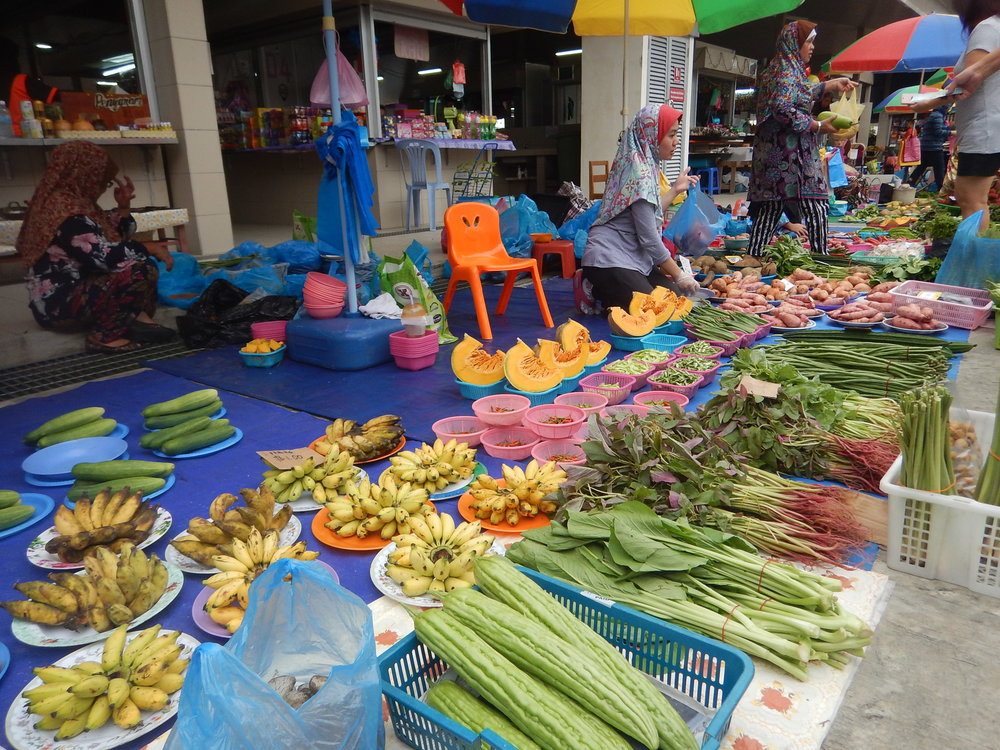 such a colourful market