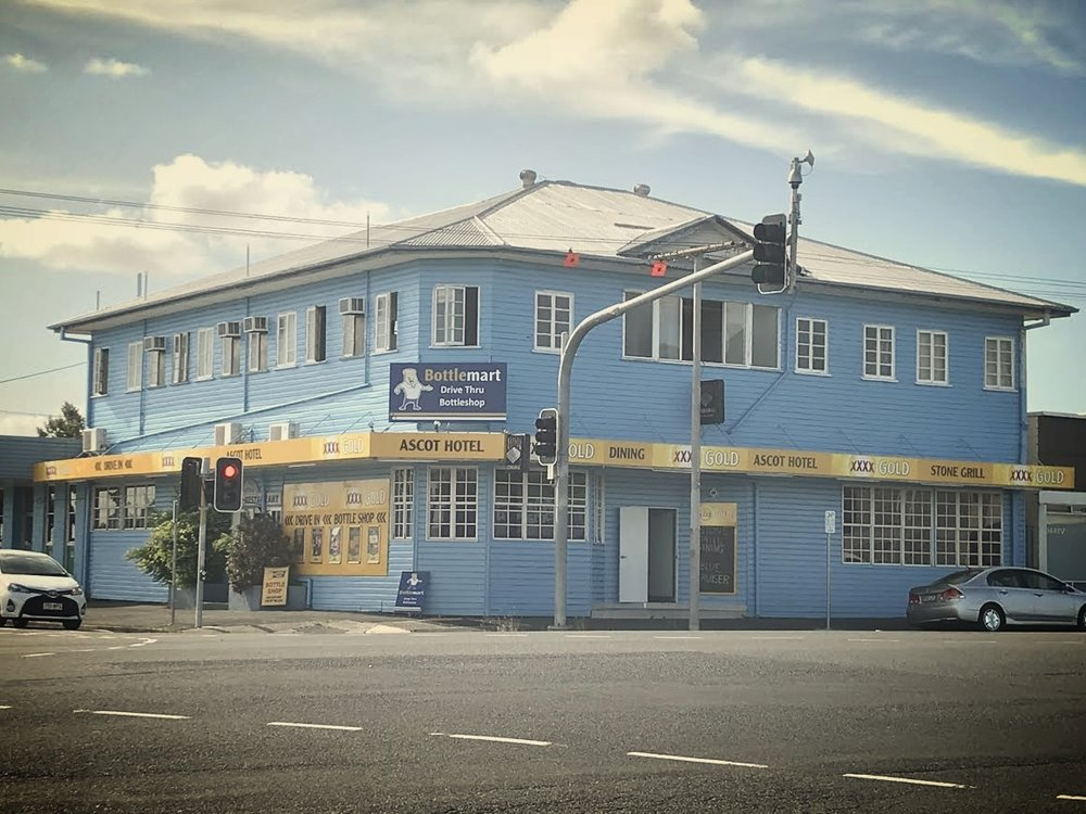 THANKS FOR YOUR BOOKING! - Where can you find us?Look for the big, blue building!