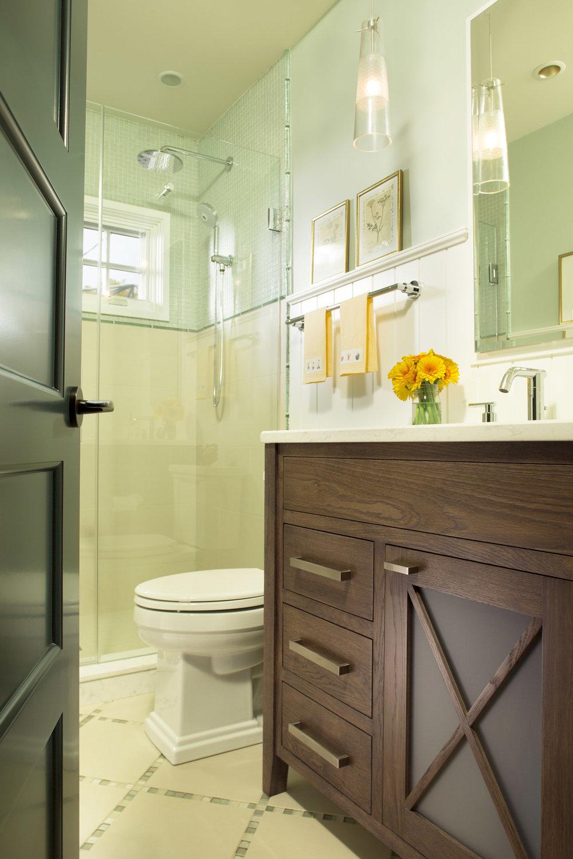 bathroom_2-8575.jpg