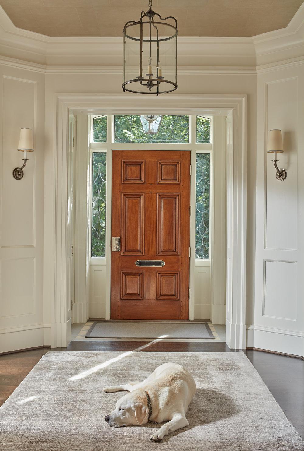 Foyer1488.jpg