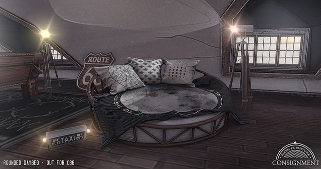 Consignment - Rounded Daybed - C88.jpg
