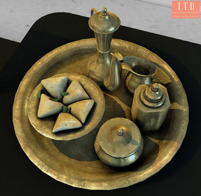 Mesh India - Selvi Tea tray display- Cosmopolitan.jpg