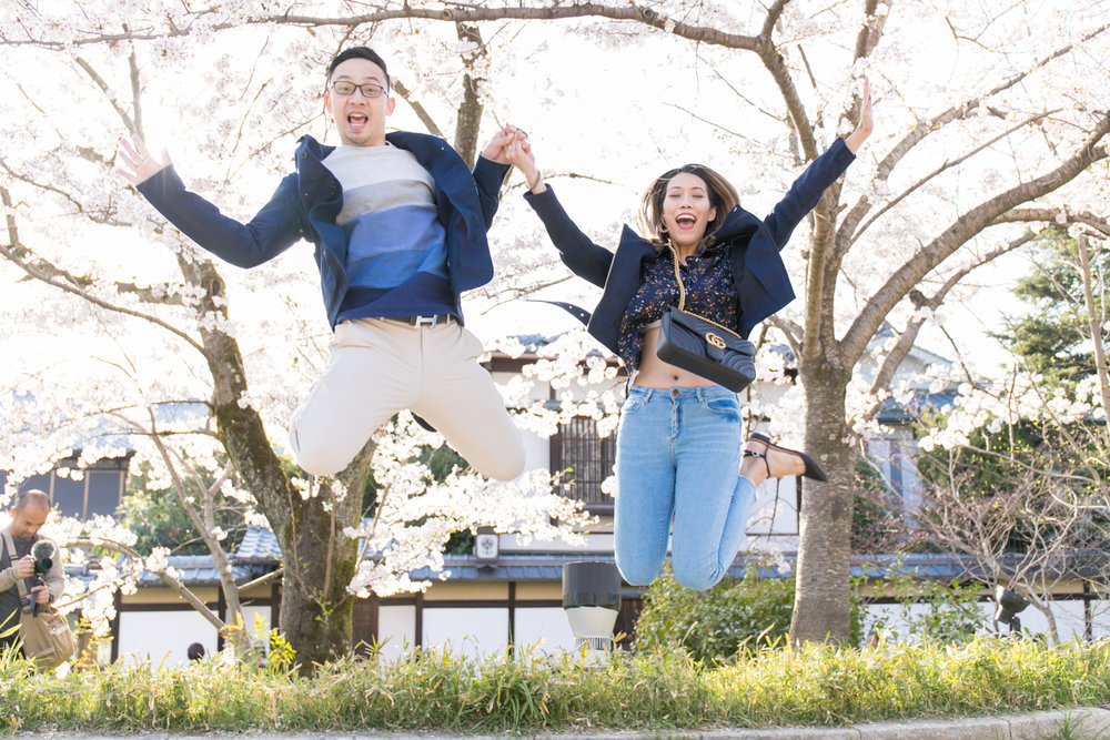 Surprise proposal photoshoot in Kyoto with professional photographer