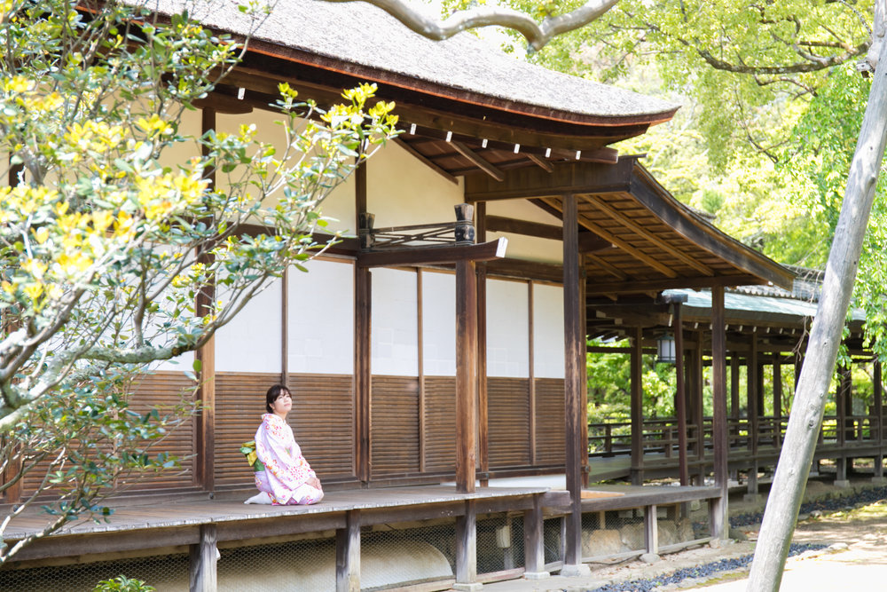 Couple Photoshoot tour with kimono in Arashiyama kyoto with photoguider