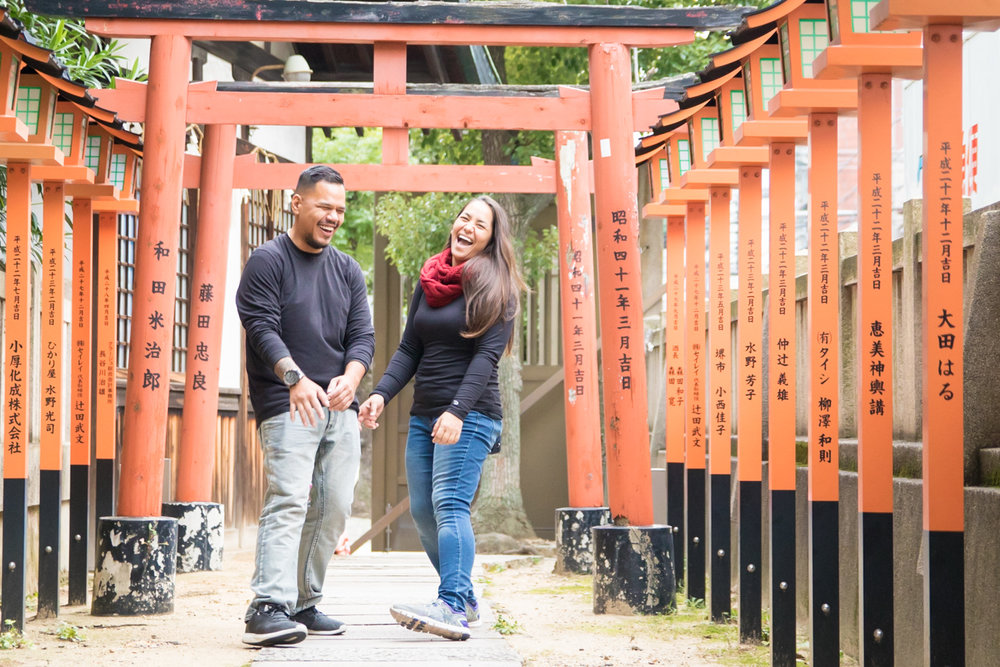 photoshoot and guide tour in Osaka with photographer