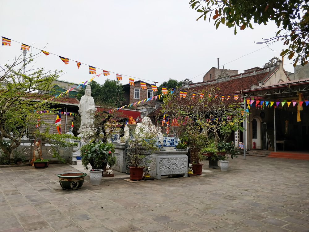 A typical Vietnamese temple