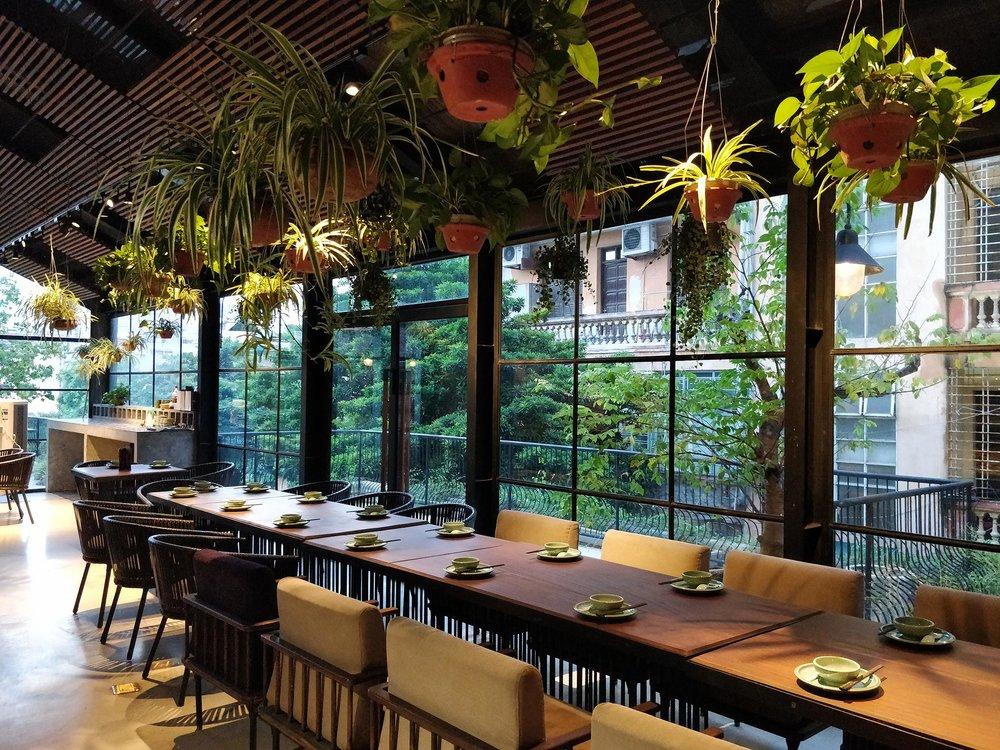 Uu Dam Chay Botanical Rooftop