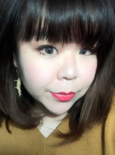"""WEINEE - CMOLocal Shanghai girl; 10 years in Food & Beverage product marketing500k fan-based independent editor and marketerPreviously worked for Rio Cocktail, GODIVA, Budweiser, Waldorf Astoria and media publishers such as, """"Tourism World"""", and """"Elle""""."""