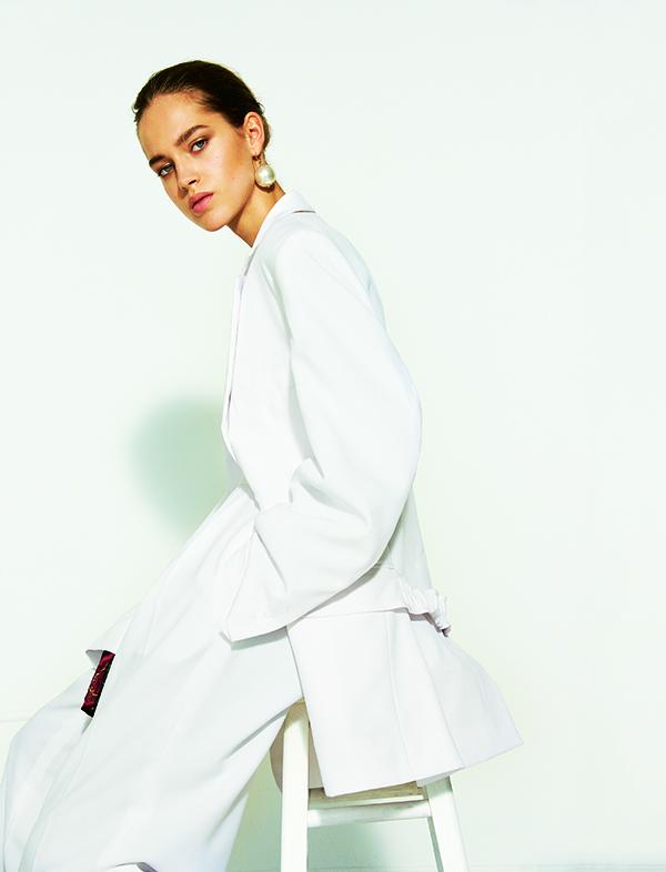 Sunday+Telegraph+Magazine+Olivia+Frolich+Cover+3.jpg