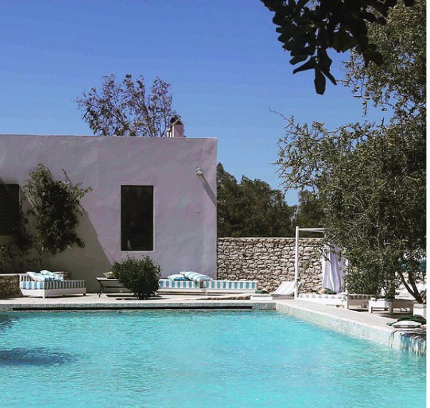 Jardin Villa Moroc pool .png