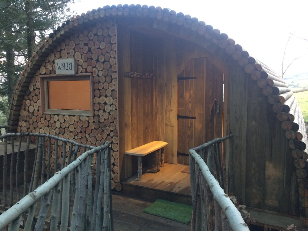 glamping pod sleeps 2-4 with toilet and shower