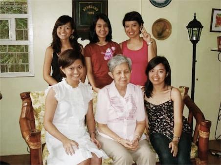 2009 | with bonus Mama Lily!