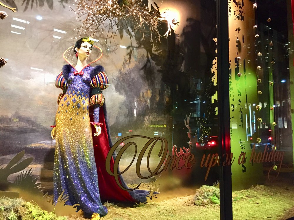 The Saks Fifth Avenue holidays windows have a Snow White theme this year for the Disney film's 80th anniversary. (Photo: Regina Dickson/CanCulture)