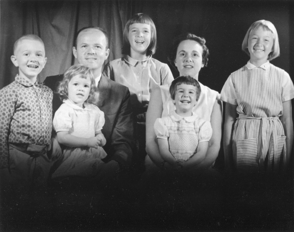 Melissa Ludtke's family, 1962, Melissa is standing, far right